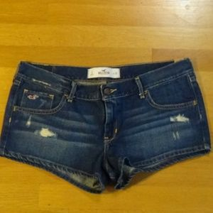 NWT Hollister Distressed Short Shorts - 11